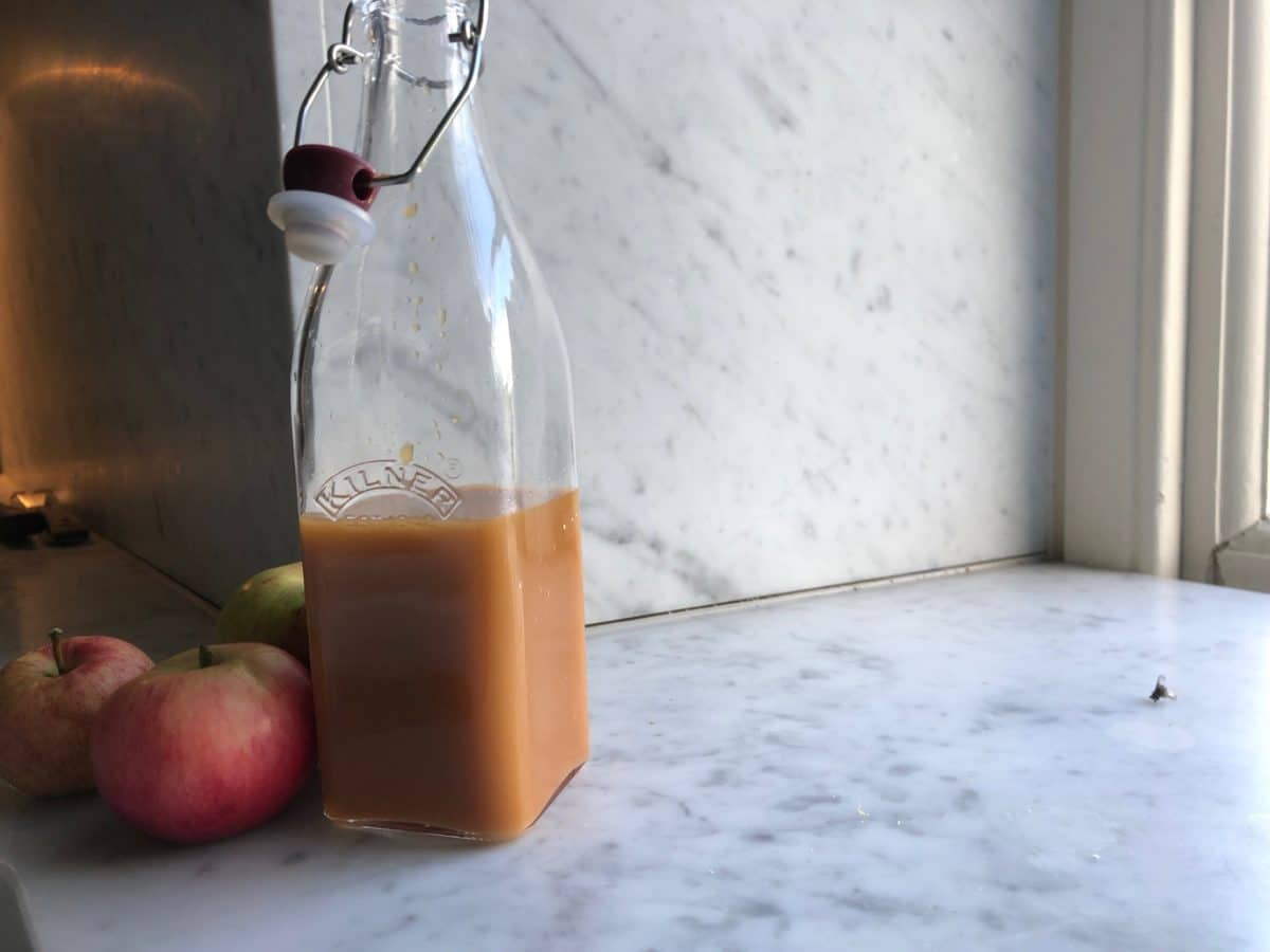 How To Make Delicious Homemade Apple Juice