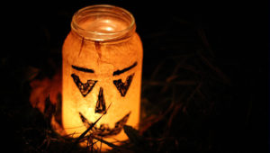 5 Super Simple And Fun Halloween Crafts for Kids